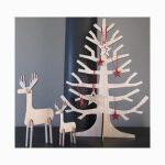 plywood xmas tree with reindeer